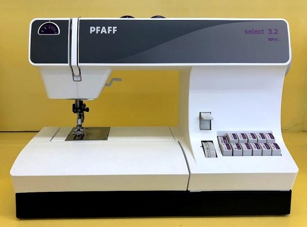 PFAFF Select 3.2 Gebrauchtgerät