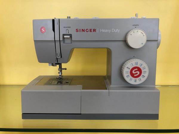 SINGER Heavy Duty 4423 Gebrauchtgerät