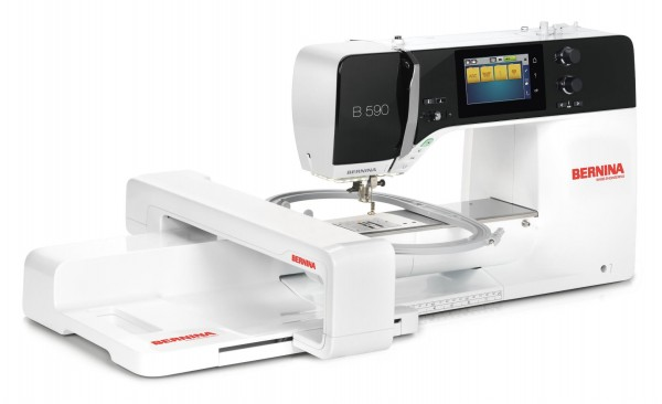 BERNINA 590 mit Stickmodul